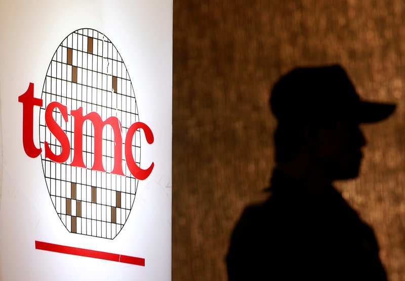 TSMC upgrades 2016 sales on monopoly in high-end iPhone chips