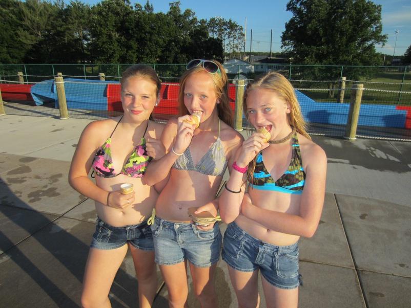 Swim Nude Teens 2