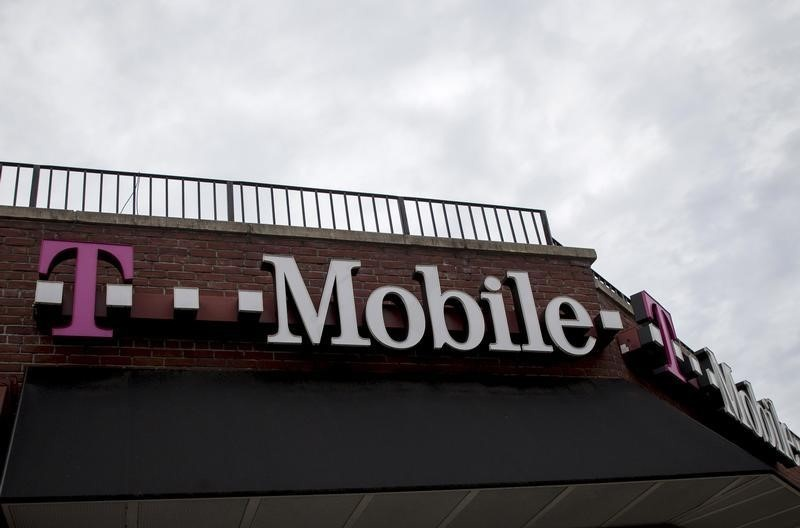 Mobile fined $48M over slowing 'unlimited' data plans