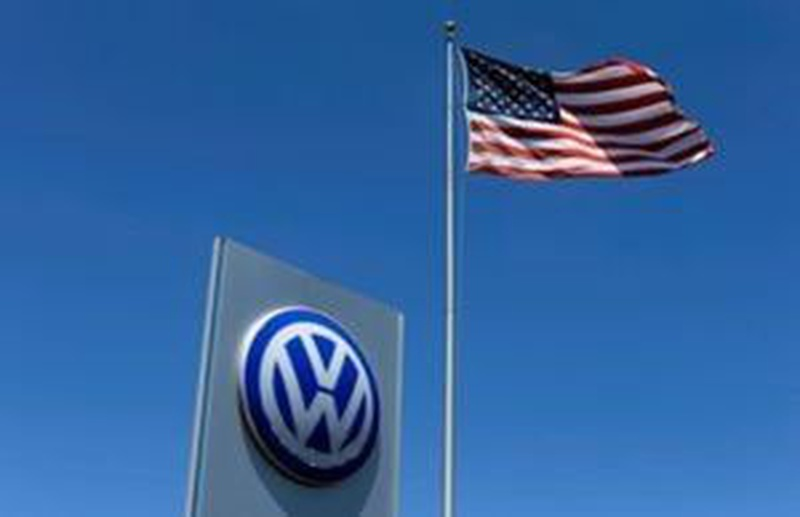 Volkswagen reaches $1.2B settlement with dealers in scandal