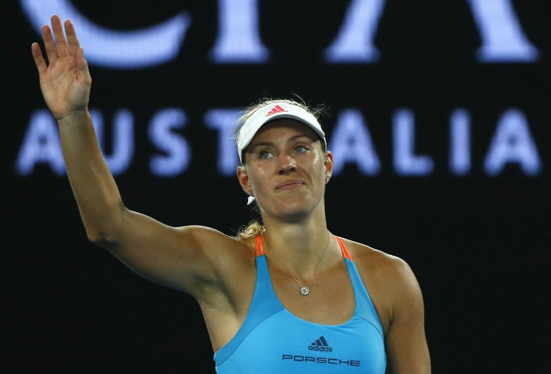Angelique Kerber struggles past Carina Witthoeft at Australian Open
