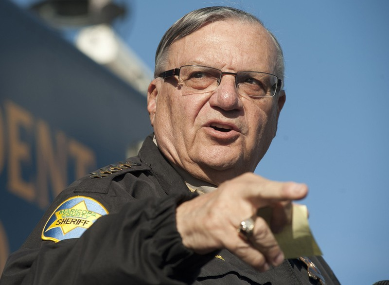 Arizona sheriff officially charged with criminal contempt