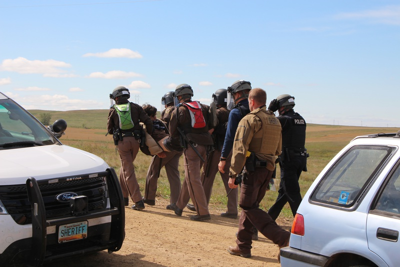 More than 30 oil pipeline protesters arrested in last 2 days