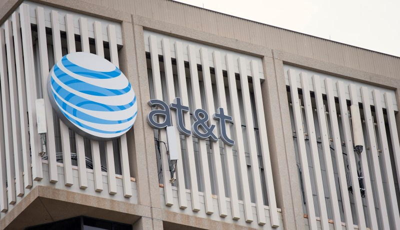 AT&T agrees to pay $450000 to settle US probe