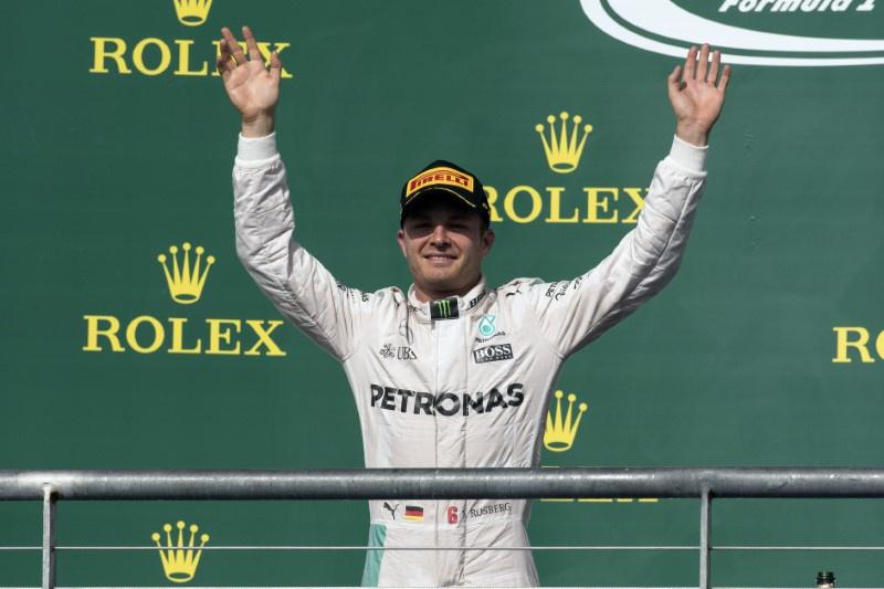 Nico Rosberg plays down threat of rain as title showdown looms
