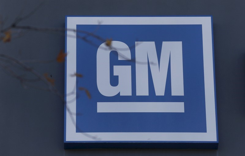 Unionized workers at GM voting on new contract in three Ontario cities