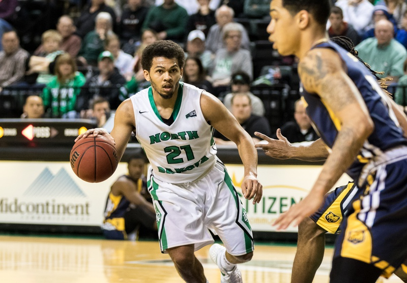 UND women's basketball picked second in the Big Sky Conference Coaches Poll
