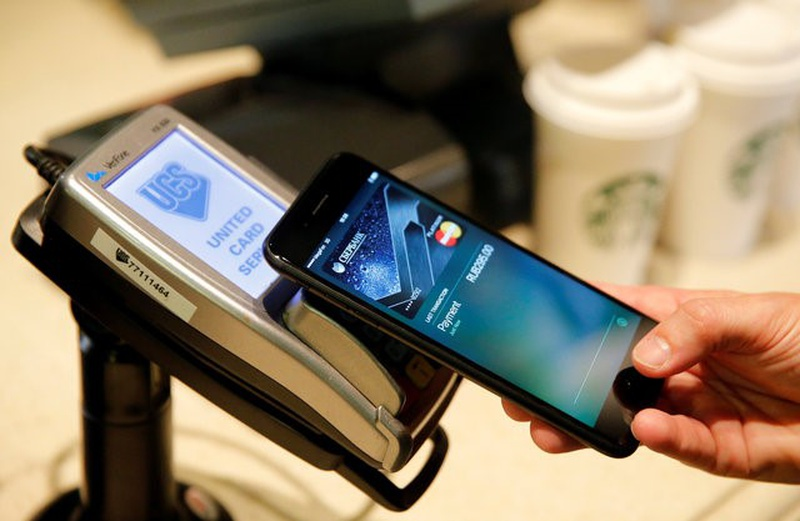Apple launches Apple Pay payment service in Russia