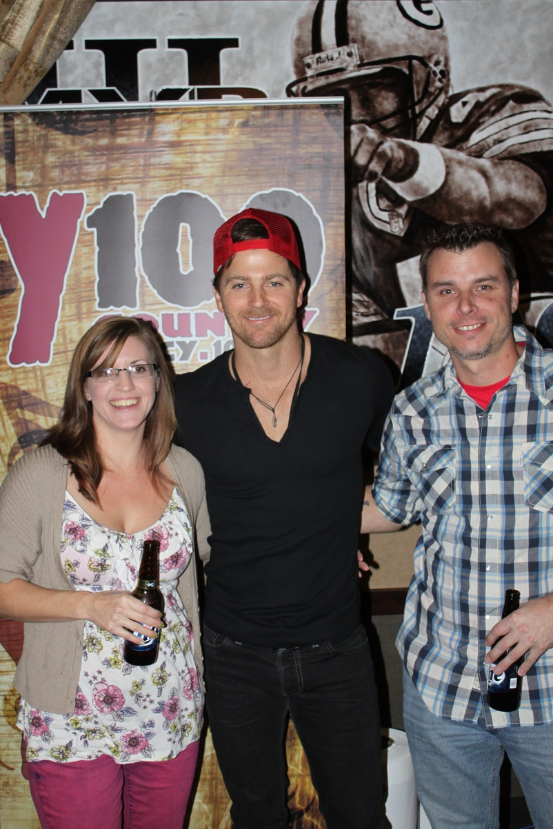 kip moore pictures meet and greet