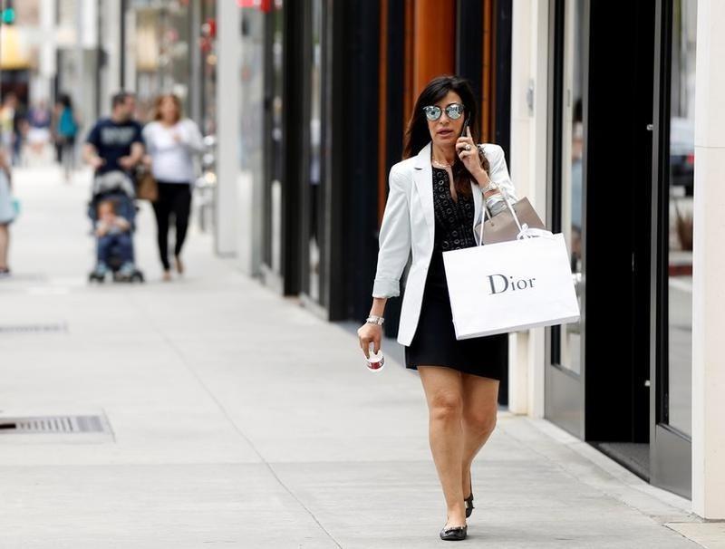 Consumer spending rebounds sharply in September