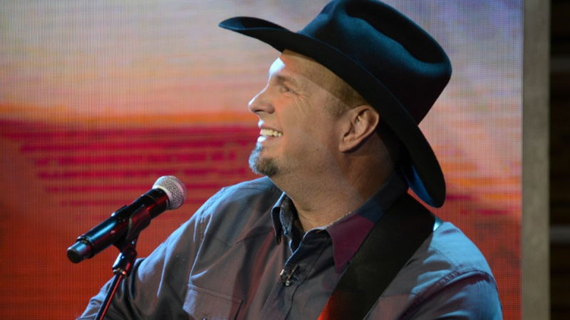Garth Brooks Gave This Couple the Ultimate Engagement Gift