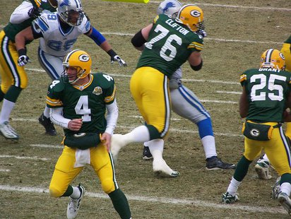 Brett Favre, Ryan Grant, and Chad Clifton By katekauf (originally posted to Flickr as 100_4986) [CC-BY-SA-2.0 (http://creativecommons.org/licenses/by-sa/2.0)], via Wikimedia Commons