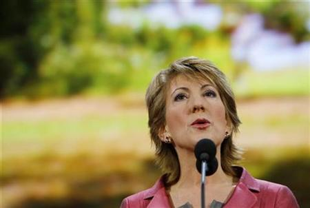 Former Hewlett-Packard CEO Carly Fiorina addresses the third session of the 2008 Republican National Convention in St. Paul, Minnesota September 3, 2008. REUTERS/Brian Snyder