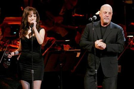 Singer Billy Joel (R) and his daughter Alexa Ray Joel perform during the Rainforest Foundation Benefit Concert in New York, May 8, 2008. REUTERS/Keith Bedford
