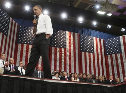 President Barack Obama holds a town hall meeting at the University of Tampa Bob Martinez Sports Center in Tampa, Florida, January 28, 2010. REUTERS/Larry Downing