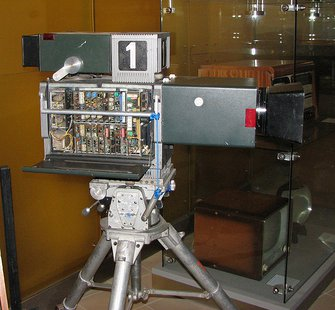 Historical television camera in Technical museum in Brno, Czech republic: Tesla TKP306 camera 270° view By cs:User:DaBler (Own work) [GFDL (http://www.gnu.org/copyleft/fdl.html) or CC-BY-SA-3.0-2.5-2.0-1.0 (http://creativecommons.org/licenses/by-sa/3.0)], via Wikimedia Commons