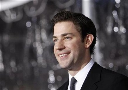 "Actor John Krasinski poses at the premiere of ""The Wolfman"" at the ArcLight theatre in Hollywood, California February 9, 2010. REUTERS/Mario Anzuoni"