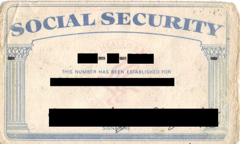 Scanned image of author's US Social Security card. By MikeGogulski (Own work) [Public domain], via Wikimedia Commons