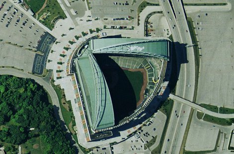 Satellite image of Miller Park USGS By Betp at fr.wikipedia [Public domain], from Wikimedia Commons