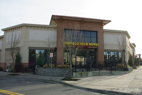 Buffalo Wild Wings at the Streets of Tanasbourne in Hillsboro, Oregon. By M.O. Stevens [GFDL (http://www.gnu.org/copyleft/fdl.html) or CC-BY-SA-3.0-2.5-2.0-1.0 (http://creativecommons.org/licenses/by-sa/3.0)], via Wikimedia Commons