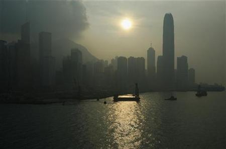 A polluted Hong Kong island skyline is seen September 17, 2008. High to very high pollution levels were recorded in various districts in the territory on Wednesday. REUTERS/Bobby Yip