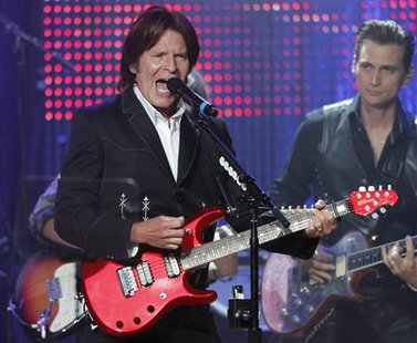 Singer John Fogerty (L) performs at the 58th annual BMI Pop Awards in Beverly Hills, California, May 18, 2010. REUTERS/Fred Prouser