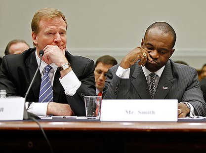 NFL Commissioner Roger Goodell and NFLPA Executive Director DeMaruice Smith. (courtesy of Pewterreport.com)