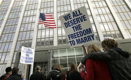 Supporters of gay marriage rally outside the federal courthouse in San Francisco, California January 11, 2010. REUTERS/Robert Galbraith