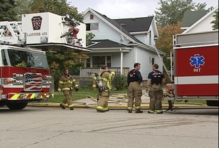Fire crews put out kitchen fire at 505 S Quincy in Green Bay Saturday afternoon. (courtesy of FOX 11)