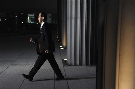 Bank of Japan Governor Masaaki Shirakawa arrives for a working dinner meeting with other members of the G-7, to coincide with the IMF and World Bank fall meetings, at the Canadian Embassy in Washington, October 8, 2010. REUTERS/Jonathan Ernst