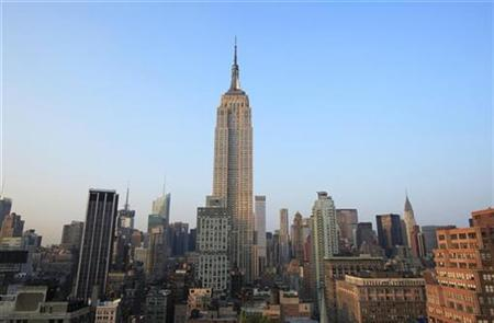 The Empire State Building stands above midtown New York September 1, 2010. REUTERS/Lucas Jackson