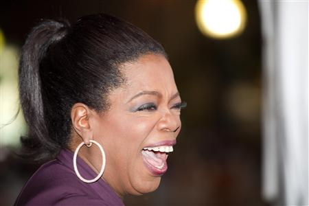 "Oprah Winfrey arrives at the ""Precious"" film screening during the 34th Toronto International Film Festival, September 13, 2009. The festival runs from September 10-19. REUTERS/Mark Blinch (CANADA ENTERTAINMENT)"