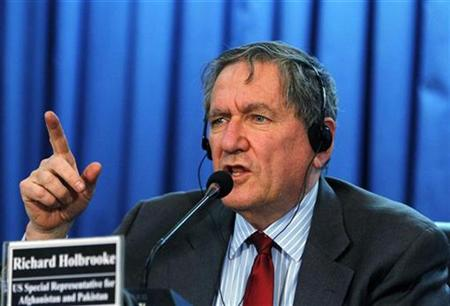 U.S. special representative to Pakistan and Afghanistan Richard Holbrooke reacts during a news conference in Kabul in this October 27, 2010 file photo. REUTERS/Omar Sobhani