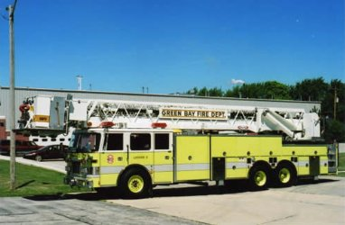 A photo of a Green Bay Fire Department fire engine. (Photo courtesy of GBFD, http://www.ci.green-bay.wi.us/Fire)