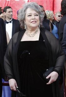 Actress Kathy Bates arrives at the 82nd Academy Awards in Hollywood March 7, 2010. REUTERS/Mario Anzuoni