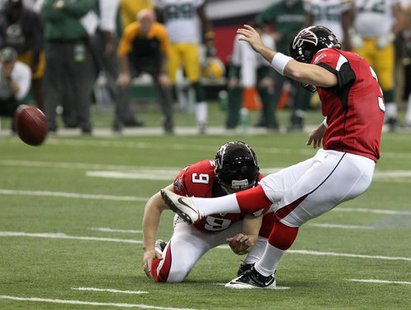 The Falcons beat the Packers on a last-second field goal.