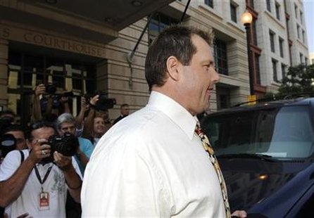 Former star MLB baseball pitcher Roger Clemens departs U.S. Federal Court House after his arraignment on charges of lying to Congress about use of performance enhancing drugs, in Washington, August 30, 2010. REUTERS/Jonathan Ernst