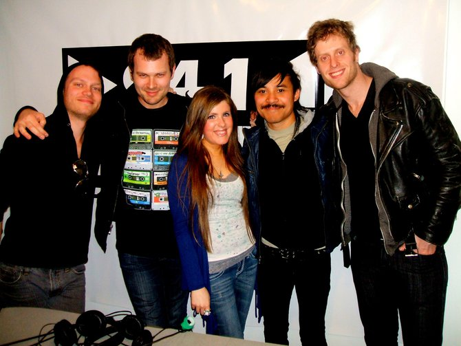 The guys of Atomic Tom in-studio with Anne Erickson from the EDGE. Nice guys! :)