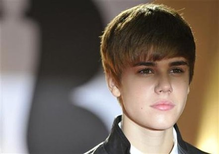 madame tussauds justin bieber wax figure. Canadian singer Justin Bieber
