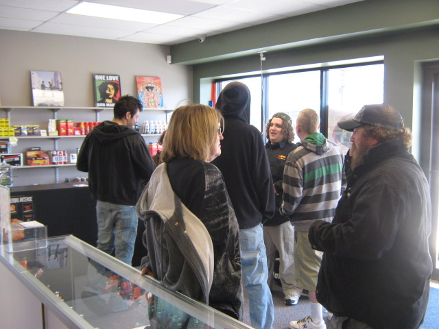 Q106 stopped by Otter's Oasis to rock Battle Creek!
