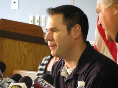 Injured Fond du Lac Police Officer Ryan Williams at a press conference on Wednesday April 6, 2011. (courtesy of KFIZ)