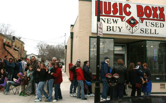 Wisconsin Dells Season Opener Card giveaway at The Music Boxx on 8th street in Sheboygan