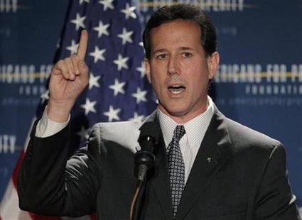 "Former U.S. Senator and likely Republican presidential candidate Rick Santorum (R-PA) speaks at the Americans for Prosperity Foundation's ""Presidential Summit on Spending and Job Creation"" in Manchester, New Hampshire April 29, 2011. REUTERS/Brian Snyder"