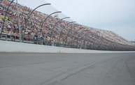 Heluva Good! Sour Cream Dips 400 NASCAR Sprint Cup Series at MIS 26
