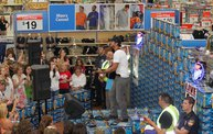 Luke Bryan at Wal-Mart 9