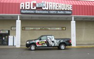 Q106 at ABC Warehouse In Jackson (6/24/11) 18