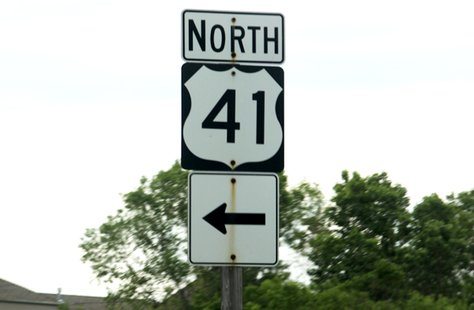 Highway 41 North sign
