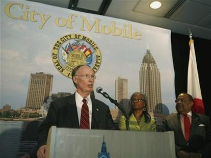 Alabama Governor Robert Bentley speaks during a news conference at the Arthur R. Outlaw Convention Center in Mobile