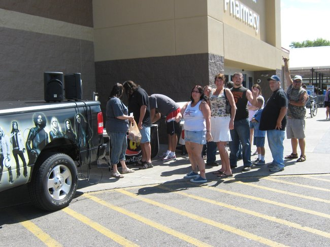 Q106 was on hand for the grand re-opening of the Jackson Wal Mart!  Thanks for paying a visit, Rock On!