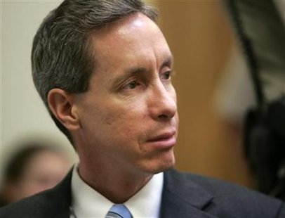 Warren Jeffs looks toward the jury in his trial in St. George Utah